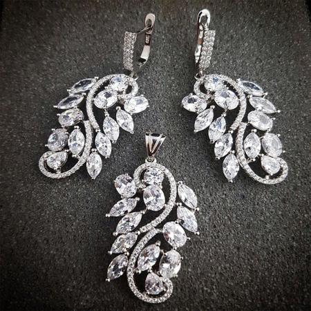 مدل های جدید نیم ست طلا و جواهر (عکس)