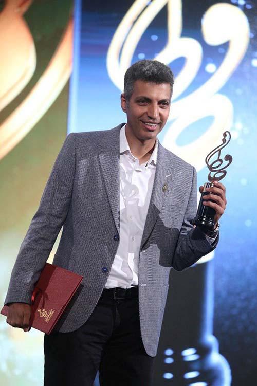 عادل فردوسی پور در جشن حافظ بهترین چهره تلویزیون شد (عکس)