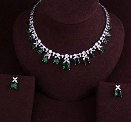 جدیدترین مدلهای گردنبند جواهر