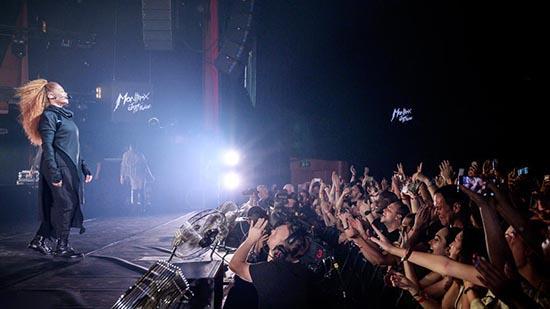 تصاویر کنسرت خواهر مایکل جکسون در عربستان