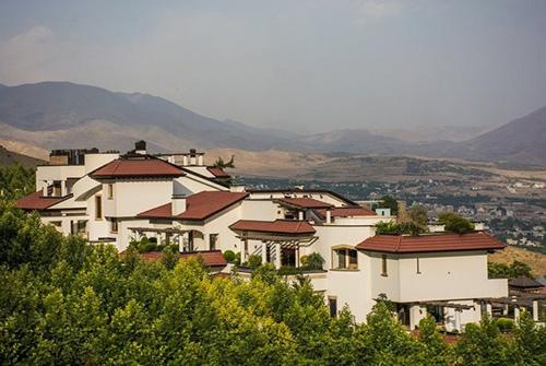 پولدارترین ناحیه و لاکچری ترین شهرک تهران (عکس)