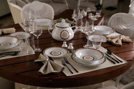 شیک ترین مدل چیدمان و تزیین میز غذاخوری عروس