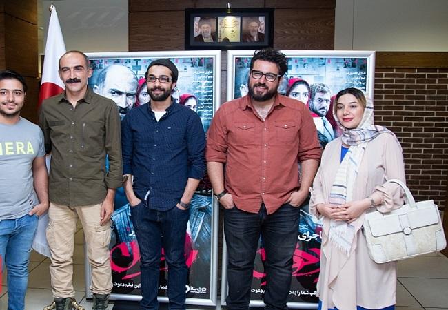 اکران مردمی «ماجرای نیمروز، رد خون» با حضور محسن کیایی، هادی حجازیفر
