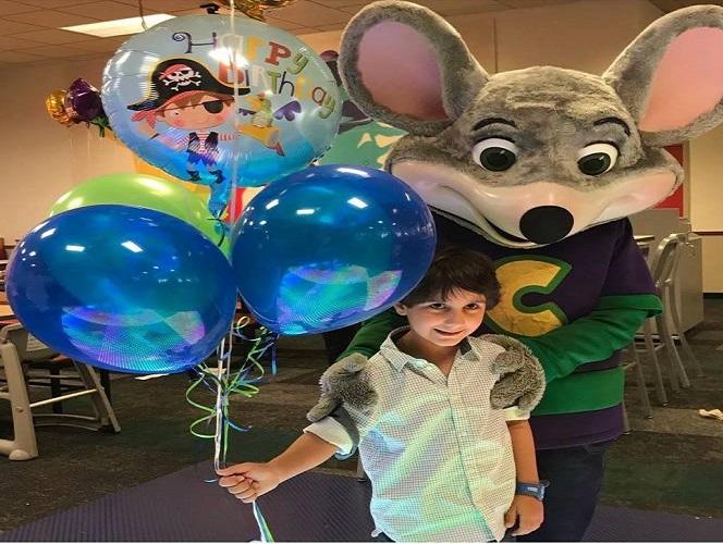عکس هایی از بازیگران و فرزندانشان در روز کودک