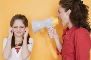 رفتار و کلمات به شدت سمی پدر و مادرها