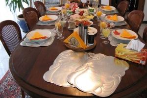 اصول بسیار شیک پذیرایی از مهمانان خاص