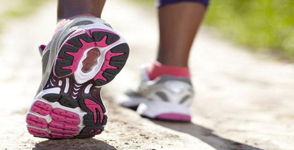 10 روش تضمین شده انتخاب کفش استاندارد برای پیادهروی های طولانی