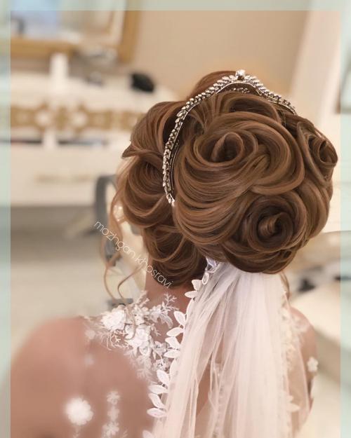 50 عکس از مدل شینیون عروس اروپایی 2020