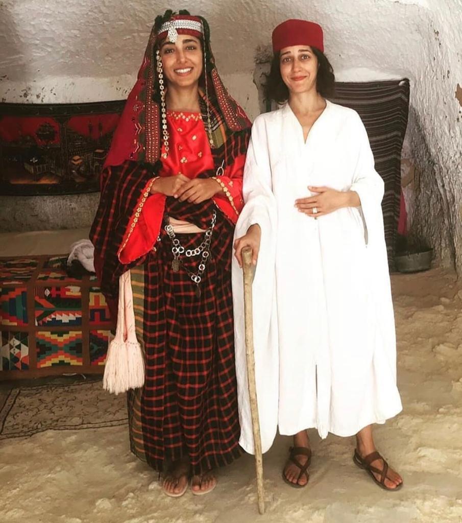عکس های لو رفته گلشیفته فراهانی و زهرا امیر ابراهیمی در صحرا