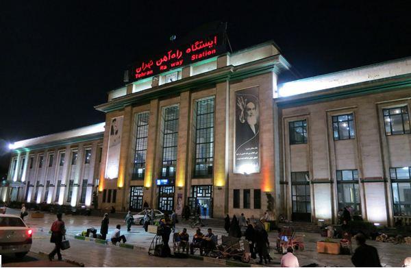 با کدام قطار از تهران به قزوین برویم؟