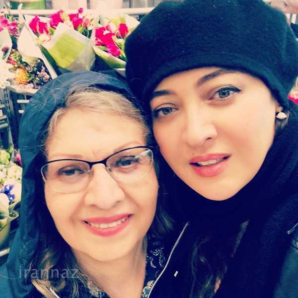 عکس جدید نیکی کریمی در کنار مادرش