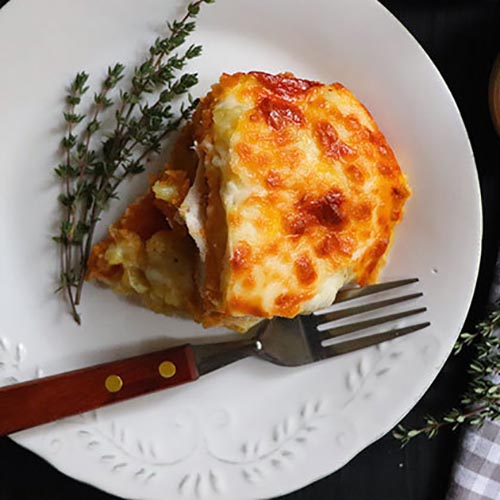 طرز تهیه غذای مجلسی کسرول مرغ و سیب زمینی (عکس)