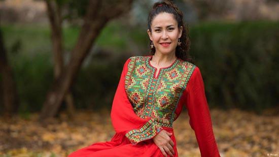 این زن مهاجر افغانی ملکه زیبایی استرالیا شد (عکس)