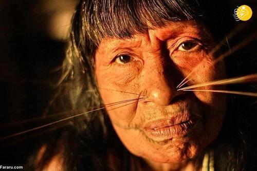چهره عجیب قبیله ای جسد خوار با زنان سبیل گربه ای (عکس)