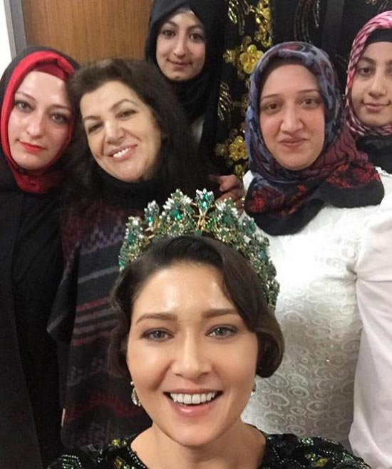 ماجرای ازدواج نورگل پشیل چای بازیگر ترکیه ای با 17 سال اختلاف سن (عکس)