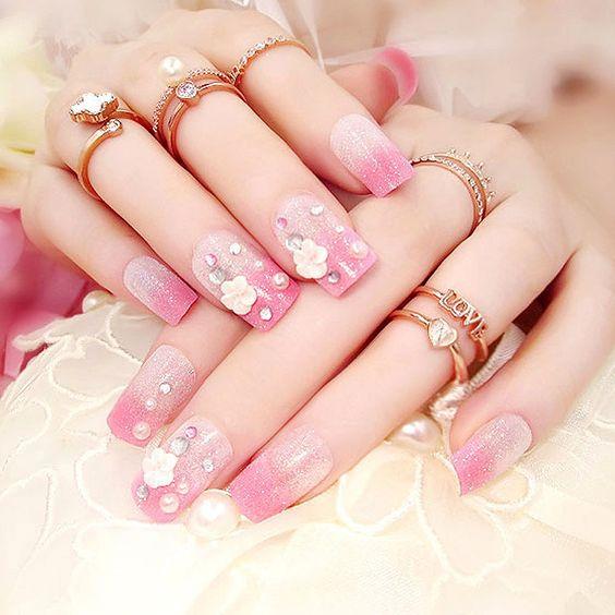 زیباترین مدلهای طراحی ناخن برای عروس