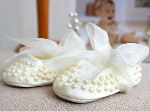 شیک ترین مدل های مروارید دوزی روی لباس و کفش