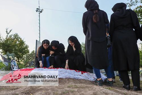 مراسم هفتم رومینا اشرفی دختر 14 ساله تالشی (عکس)