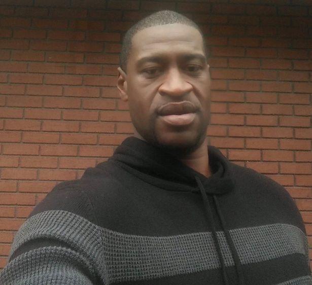 اتهام و علت دستگیری جورج فلوید سیاهپوست آمریکایی ( عکس )