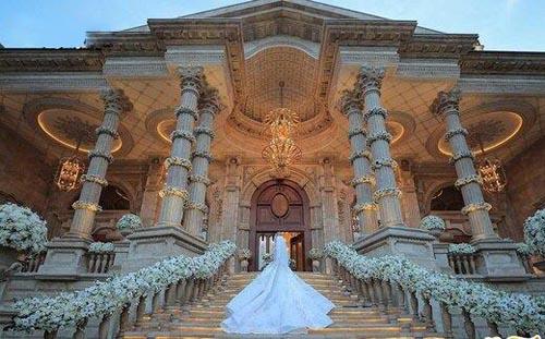 عروسی میلیاردی به سبک سیندرلا در لواسان (عکس)