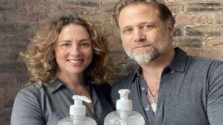 ویروس کرونا زن و شوهر جوان را میلیونر کرد (عکس)