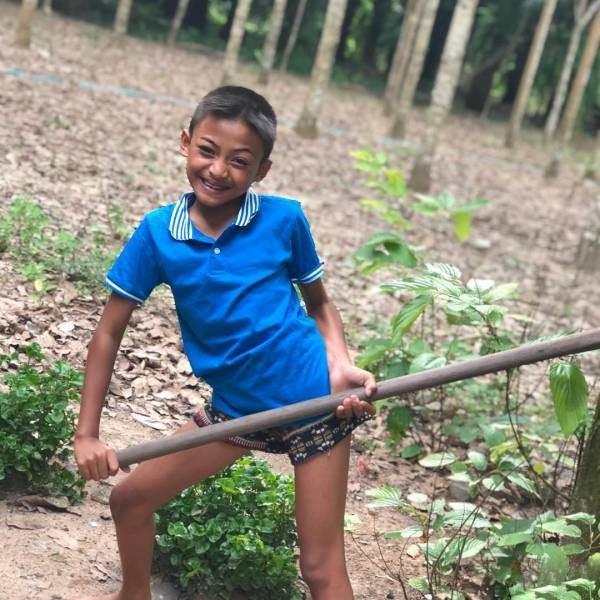درآمد بالای دختر زیبایی که پسر است در اینستاگرام (عکس)