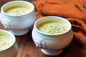طرز تهیه سوپی که دشمن کرونا است ( عکس )