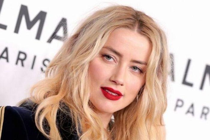 کمپین بیرون انداختن زیباترین زن جهان از سینما شکست خورد ( عکس )
