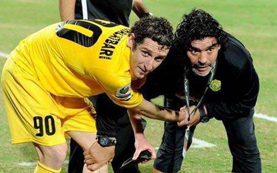 مصاحبه با تنها فوتبالیست ایرانی که شاگرد مارادونا بود ( عکس )