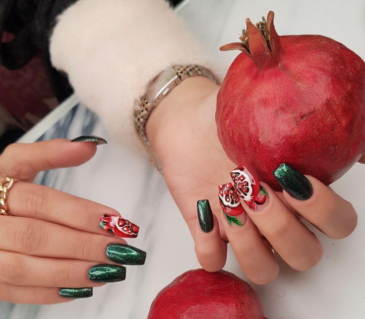 زیباترین طراحی های زیبای ناخن مخصوص شب یلدا