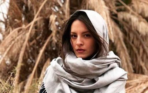 هدیه جذاب خانم بازیگر یونانی به داوود میر باقری ( عکس )