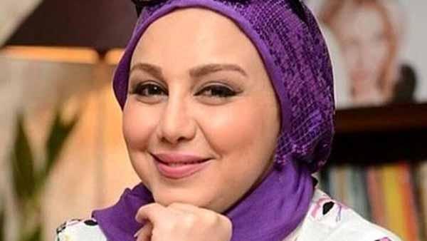 جشن تولد لاکچری بهنوش بختیاری با کیک آب طلا ( عکس )