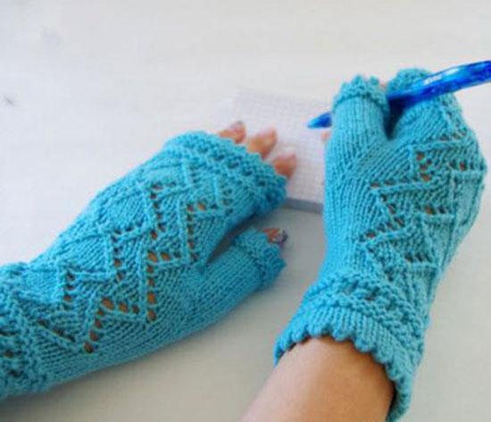 شیک ترین مدل های بافتنی دستکش بدون انگشت دخترانه
