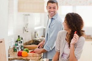 چگونه برای همسرم جذاب و دوست داشتنی تر باشم ؟
