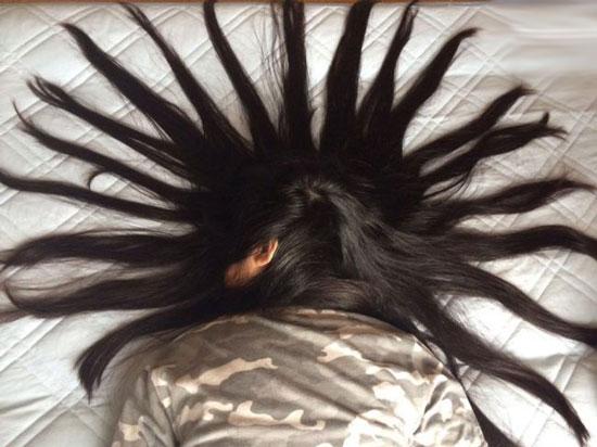 خلاقیت این دختر ژاپنی با موهای خواهرش