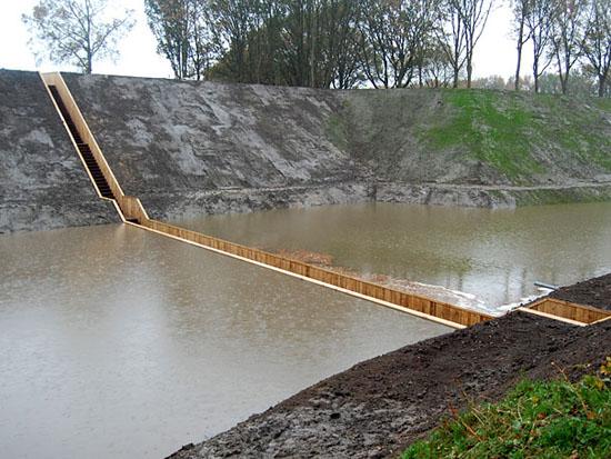 با جالب ترین پل آبی هلند آشنا شوید + عکس