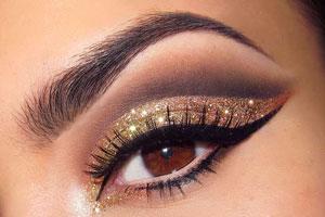 چند ترفند مهم برای اینکه چشم های خود را زیباتر آرایش کنید