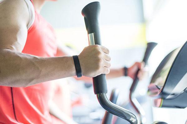 همه چیز درباره دستگاه الپتیکال برای لاغری و زانو درد