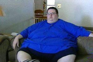 مردی که 200 کیلو از وزنش را کم کرده + عکس