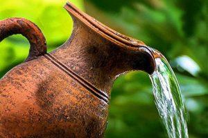 خواص و فواید نگهداری آب در ظروف سفالی