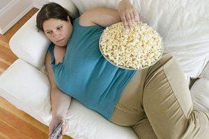زن 40 کیلویی که در سودای چاق شدن 350 کیلو شد + عکس