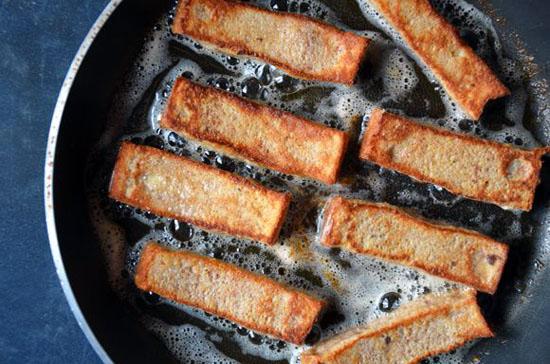 روش تهیه خلال نان تست فرانسوی با تکنیک های ساده
