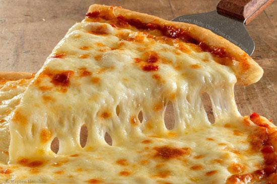 روش تهیه پنیر موزرلا خانگی با ترفند های کاربردی