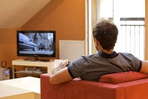 مردی که 4 شبانه روز به تماشای تلویزیون نشست