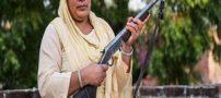 زن هندی با جرات که مردان شهوت پرست را تنبیه میکند + عکس