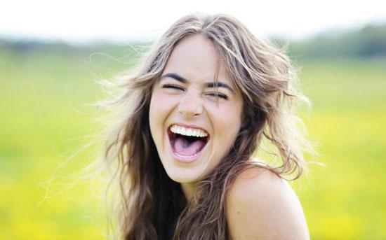 آیا خنده زیاد منجر به مرگ میشود؟