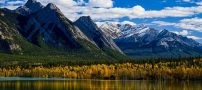 تصاویر دیدنی و جذاب حباب های یخ دریاچه آبراهام در کانادا