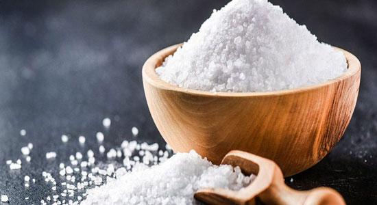خواص عالی آب نمک برای پاکسازی ریه و روده