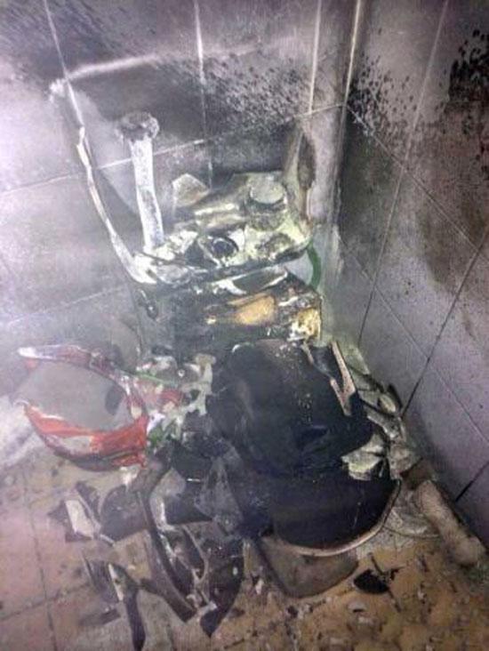 ماجرای به آتش کشیدن دستشویی به خاطر یک سوسک!