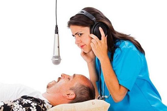 آیا میدانید به چه علت در خواب حرف میزنیم؟